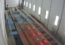 Сегодня в камере покраски SPK, расположенной в Цехе реконструкции Свердловской железной дороги проводят покраску металлоконструкций, что можно наблюдать в online режиме.