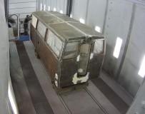 Реставрационные работы по восстановлению музейной железнодорожной техники в покрасочно-сушильной камере SPK