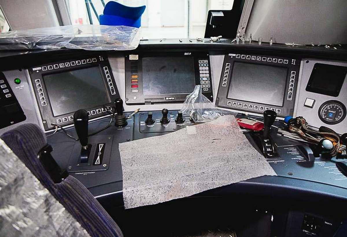 Электровозосборочный завод для локомотивов Alstom. Камера для окраски локомотивов.