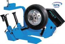 Hofmann Monty 3650 Стенд шиномонтажный для грузовых колес