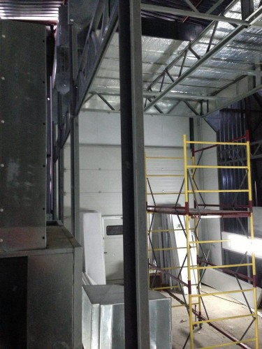 """Демонтаж окрасочно-сушильной камеры для металлоконструкций """"СтройМеханизация"""""""