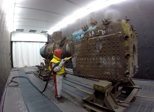 Дробеструйная камера. Цех реконструкции ж/д транспорта при Музее Свердловской железной дороги, г. Екатеринбург