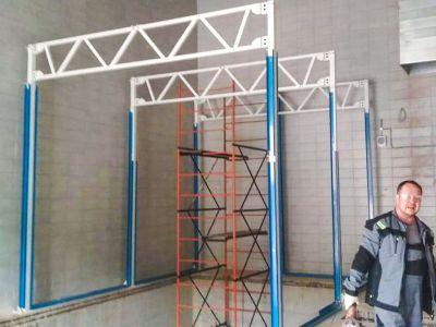 Начало монтажа окрасочно-сушильной камеры для коммерческой техники в Москве