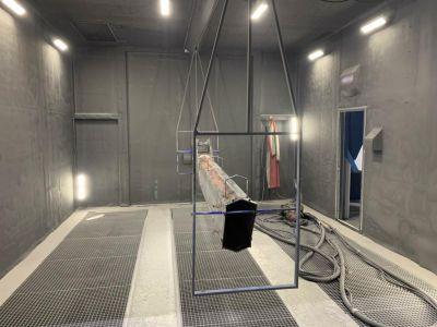 Дробеструйная камера SPK с подвесной транспортной системой