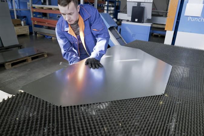 Резка стальных листов для вентиляционных агрегатов SPK 15.03.21