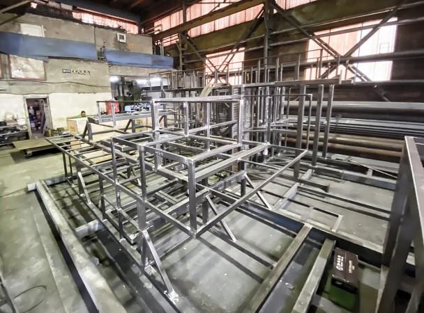 Производство 2-этажных настенных малярных площадок для окрасочно-сушильных камер SPK от 09.06.21