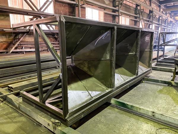 В сборке нижняя секция вентиляционно-фильтровальной установки для дробеструйной камеры SPK от 13.08.21