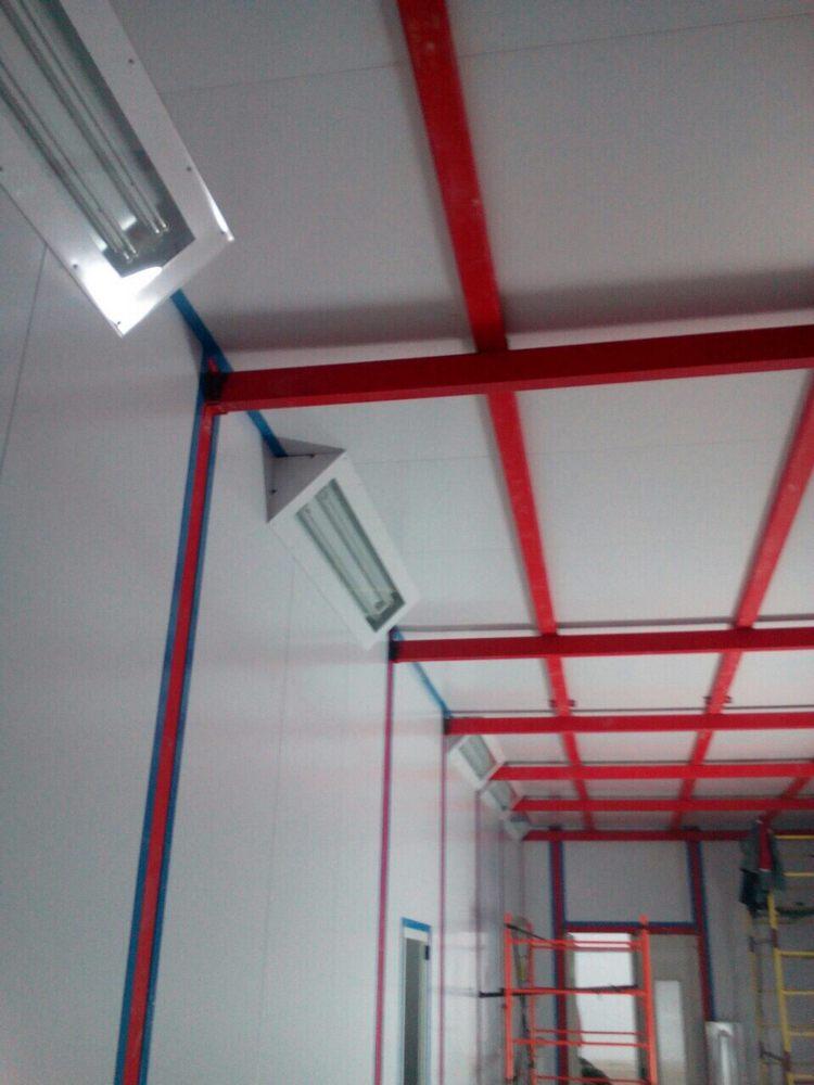 Камера для хранения и смешивания красок на Заводе по производству дизельных двигателей GEVO для локомотивов.
