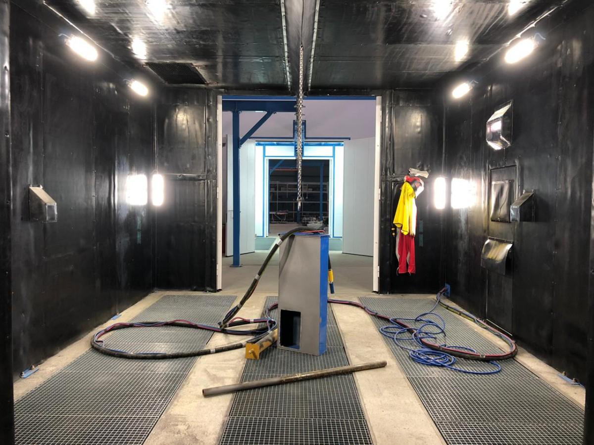 Комплекс подготовки и покраски деталей с подвесной транспортной системой SPK
